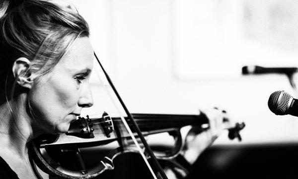 Susanna_Keye_Violine_Foto_Frederik_Görges